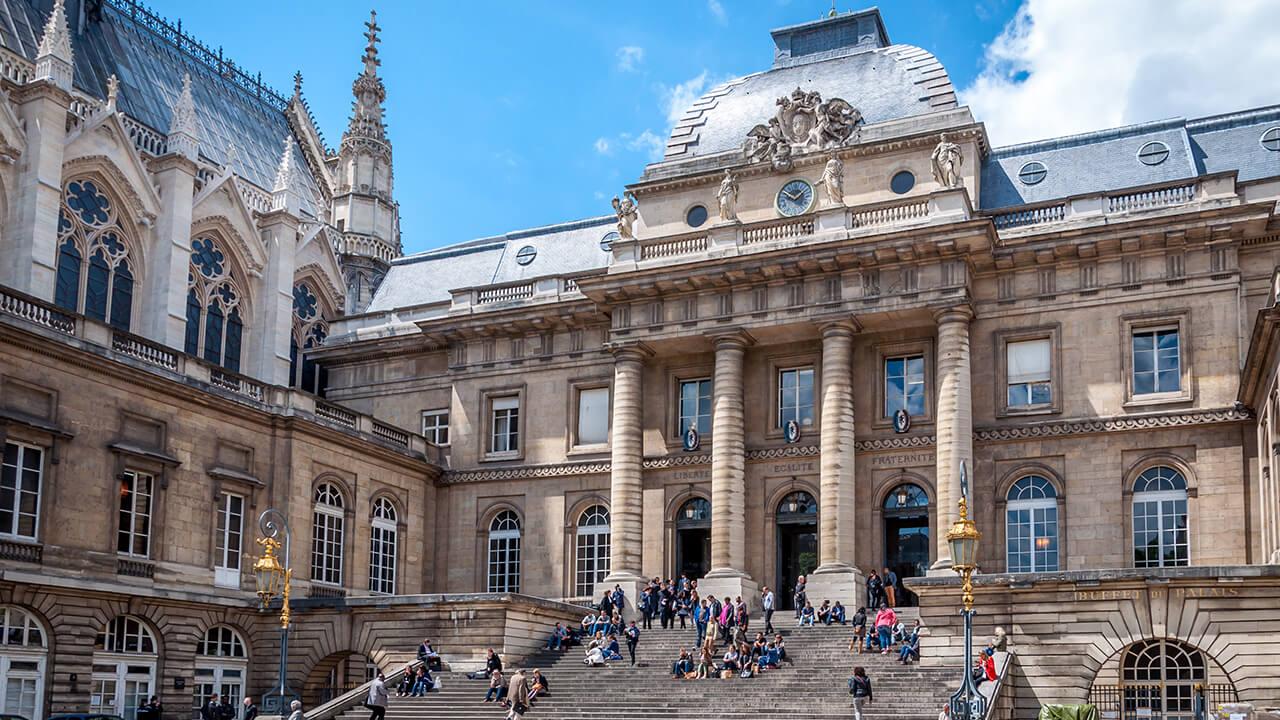 palais-de-justice-paris