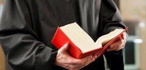 Tout sur les avocats spécialistes : certificat, mentions…