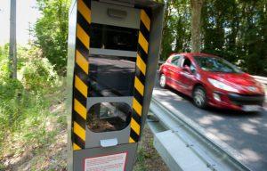 Qui paye les PV lorsque le conducteur n'est pas le titulaire de la carte grise ?