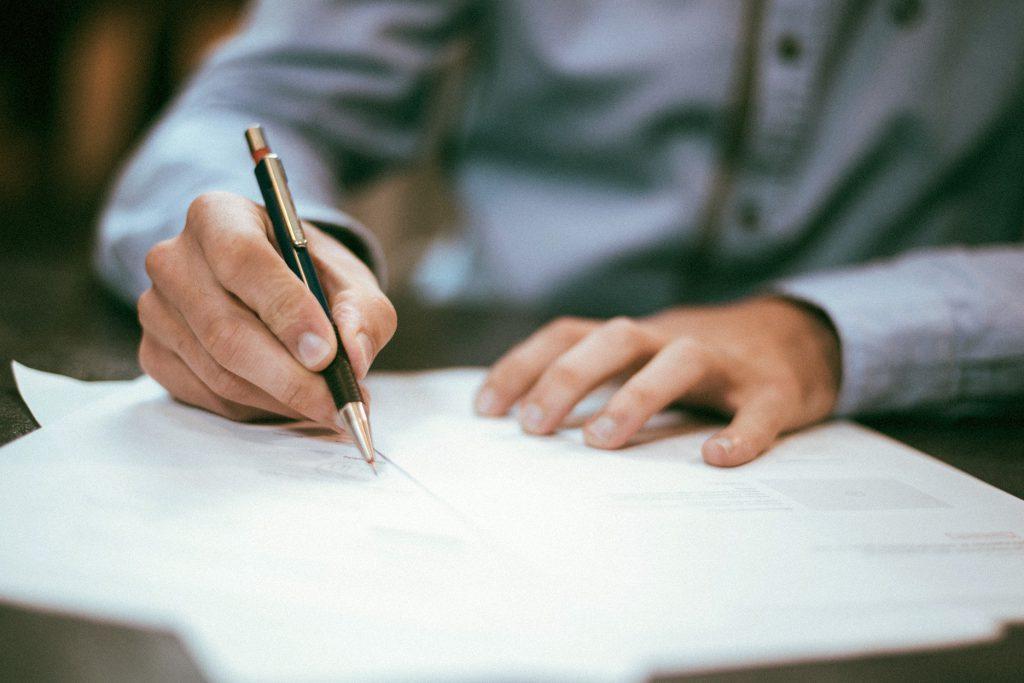 Acuerdo de tarifa de aguacate'honoraires d'avocat