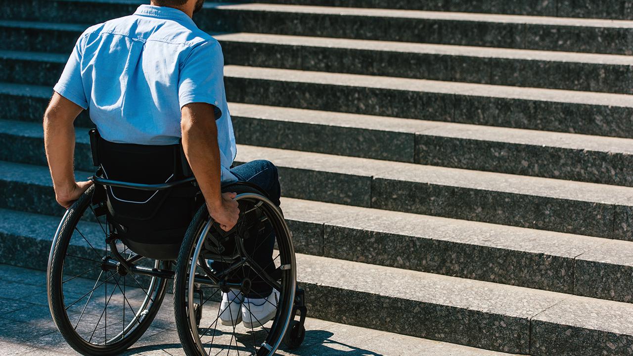 l'accès au droit pour les handicapés