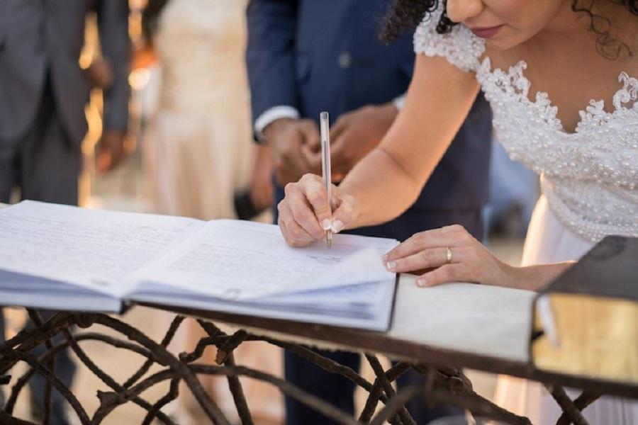 """Alt=""""Mariage avec un sans papier : 5 choses à savoir absolument !"""""""