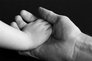 Le congé de paternité : conditions, durée, rémunération, quels sont vos droits ?