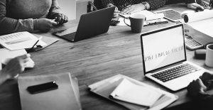 L'emploi fictif dans le secteur privé et public : tout ce qu'il faut savoir