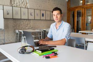 Devenir auto entrepreneur gratuitement