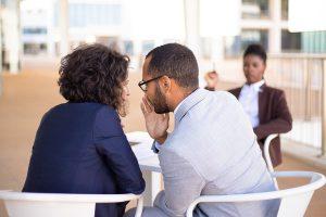 Harcèlement au travail par un collègue
