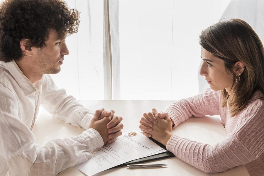 """Alt=""""Quand reçoit-on le jugement de divorce ?"""""""