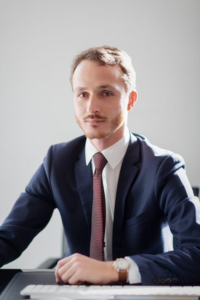 Maître Simon BAJN Avocat Droit Administratif et Public Paris