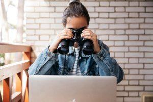 Surveillance des salariés et télétravail : légalité et recours