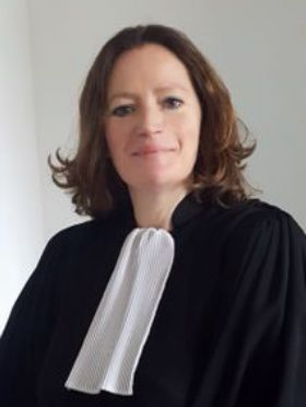 Maitre Anne BARNOUD Avocat Cusset