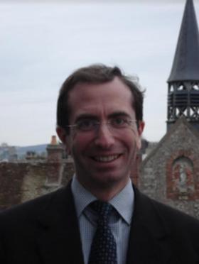 Thierry FLEURIERAvocat AssociéSens
