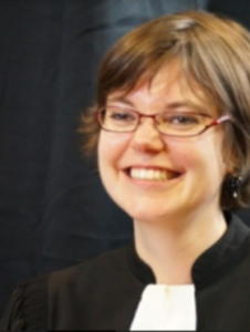 Maître Claire GUILLEMINOT Avocat Douai