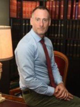 Maître Haywood WISE Avocat Droit Administratif et Public Puteaux