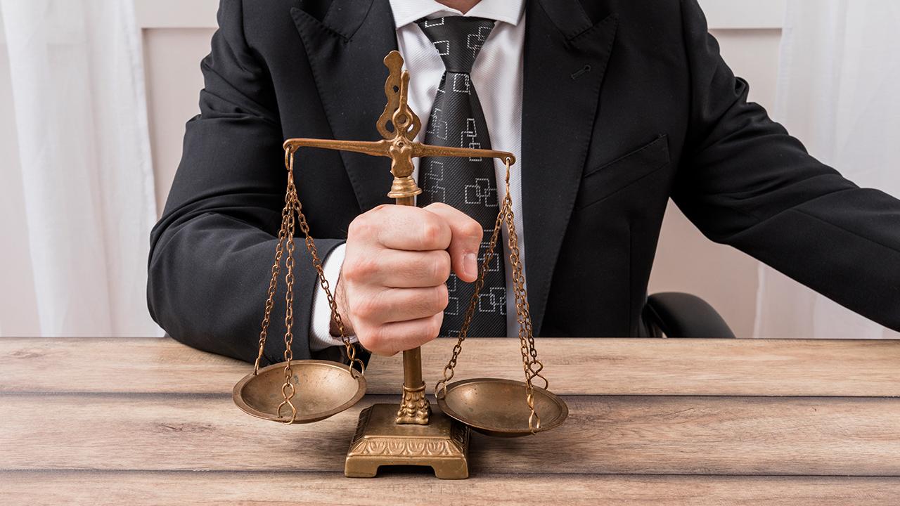 """Alt=""""Le métier d'avocat est-il fait pour vous ? Découvrez les indispensables !"""""""
