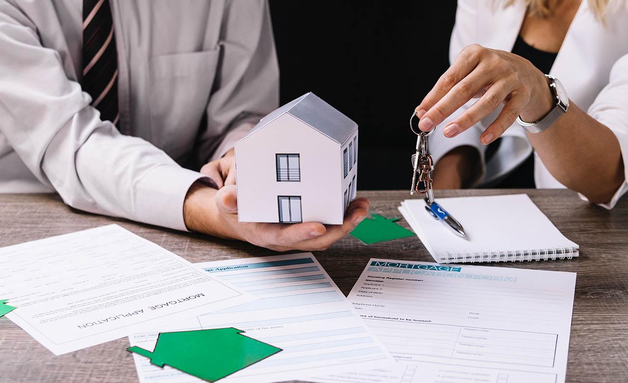 """Alt=""""Litige avec une agence immobilière : quels sont les recours ?"""""""