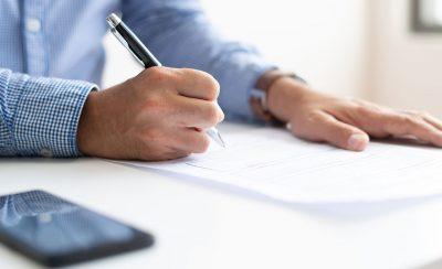 Comment remplir le formulaire de demande de naturalisation ?